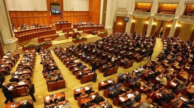 Șase mandate parlamentare pentru diaspora, adjudecate de PNL, USR și PMP