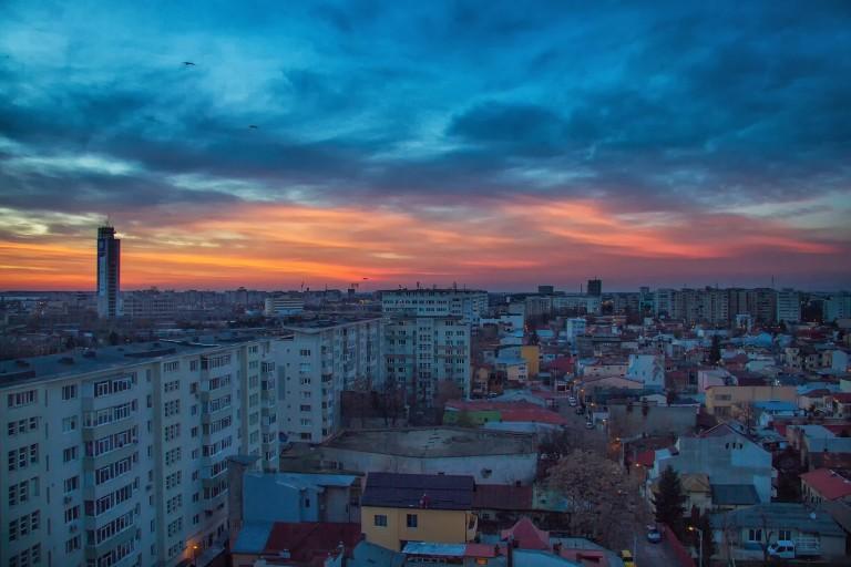Bucureștiul este victima politicii